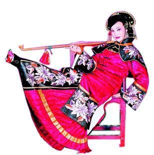 武汉京剧剧院导演刘伟一直热衷于公益事业。
