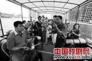 天津评剧俱乐部之友创作并表演了《天津美景颂》