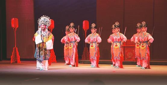 湖北实验京剧团(宜昌京剧团)原创历史剧《孙尚香》在北京梅兰芳大剧院首演。