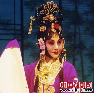 张派的经典戏剧《西厢记》将于明天在梅兰芳剧院上演。