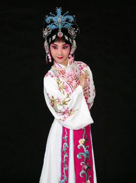 京剧《霍小玉》于8月1日在长安大剧院上演。