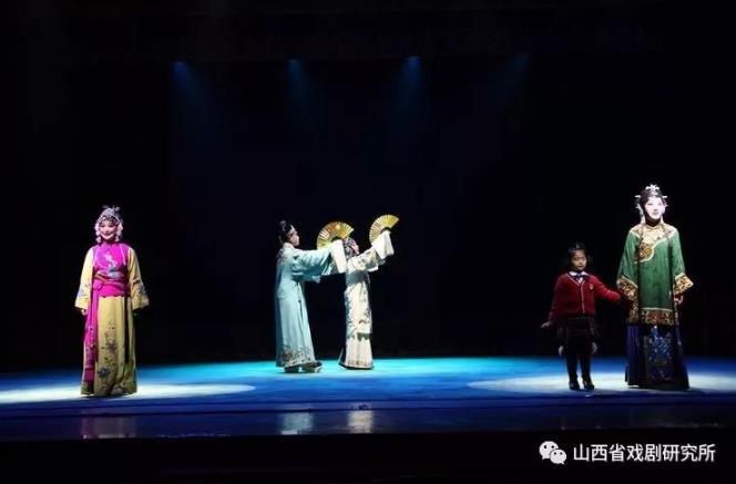 小剧场金剧《花田外》:美与美的大满贯