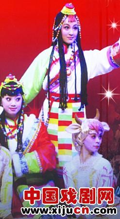 济南铁路文化宫上演儿童京剧《藏羚羊》