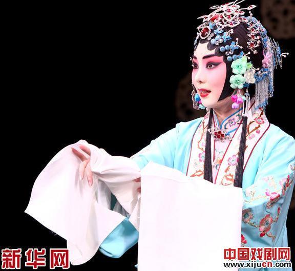 《小梅花》杨丹阳表演经典剧目《凤还巢》