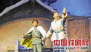 天津京剧剧院上演了《智取虎山》