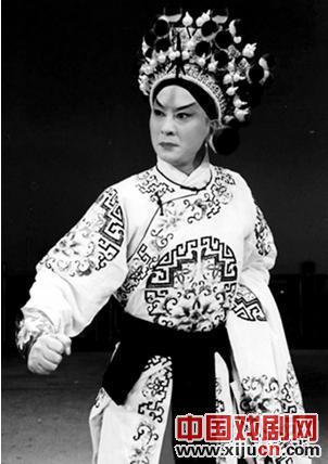 沈阳京剧剧院由未成年学生常东负责。