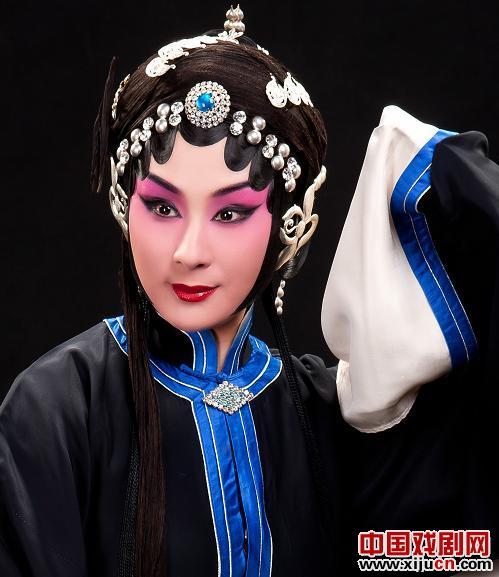 吕洋的特别表演:程派传统名剧《牧羊卷》,又名《朱文姬》