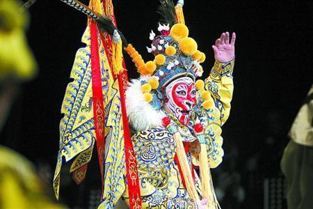 上海京剧院上演郑派悟空戏剧《孙悟空》