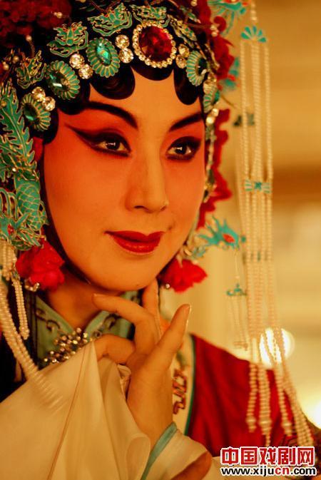 """由北京京剧剧院赞助的北京京剧""""歌唱之旅""""世界巡演将在上海举行"""