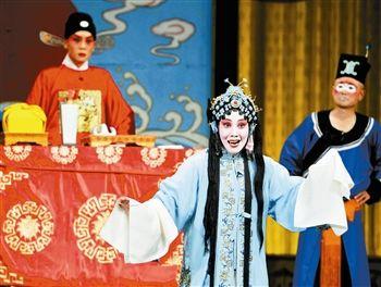 《陈三良登山堂》是天津京剧院新上映的著名城派戏剧的首映式。