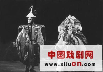 """京剧和歌剧结婚,""""徐贤""""带来跨界""""楼兰女人""""(照片)"""
