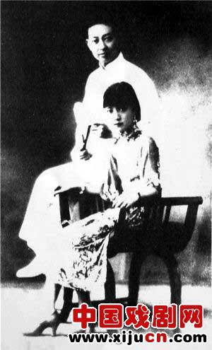 京剧皇后孟晓东离开梅兰芳嫁给杜月升(照片)