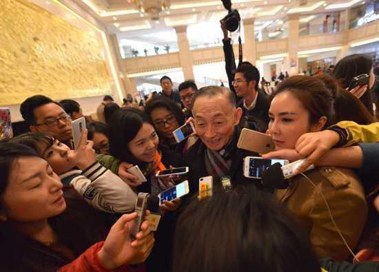 CPPCC国家委员会委员梅宝九号召孩子们听京剧,热爱京剧