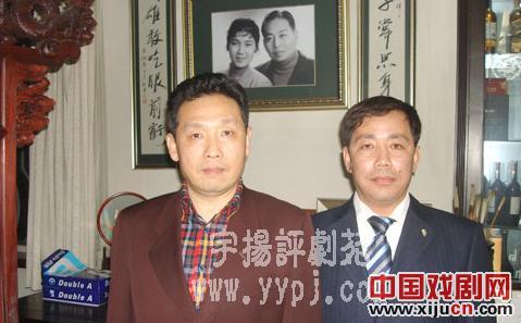 著名书法家兼画家吴欢为评剧带来了新的才华和财富