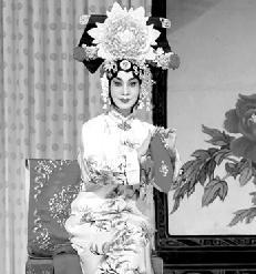 长安大剧院在第七届艺术节上演了四部经典爱情京剧
