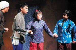 民谣《刘胡兰》的第一场演出