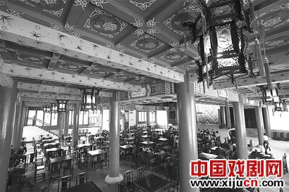 中国最大的古歌剧院——武汉市江夏区谭鑫培古歌剧院开门迎客