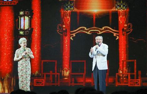 上海京剧剧院的京剧音乐剧《我们一起走》汇集了几代最佳阵容的艺术家。