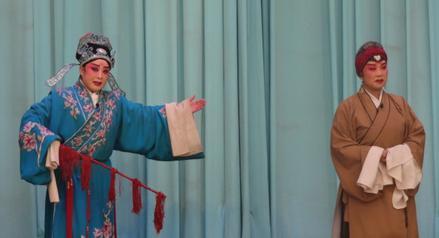 大阳泉在元宵节表演金歌剧《集水》