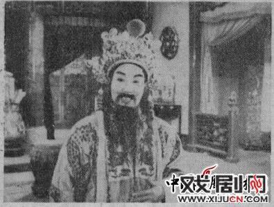 丁果仙:我在《击败金枝》中扮演王堂