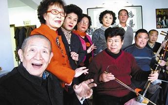 著名京剧表演艺术家李荣威因病去世,享年85岁。