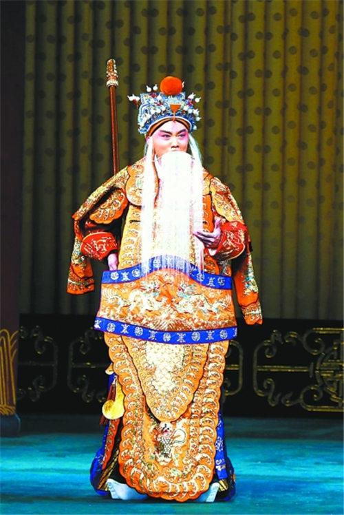 """武汉年轻演员程亮去北京""""击败对手"""""""
