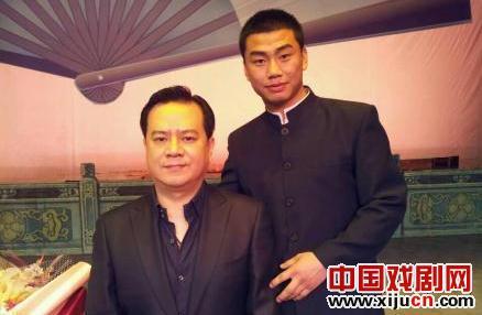 中国评剧剧院著名的魏派花莲演员孙璐扬接受杜健为弟子。