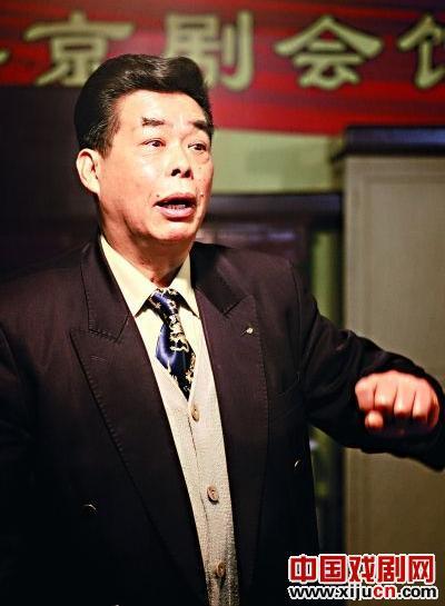 刘表想在武汉举办一次世界中国京剧节