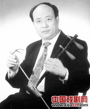 京剧音乐家:李慕良