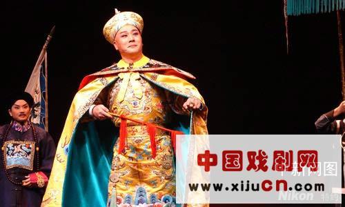 台湾著名剧团国光剧团将在台北中山厅为持票者表演京剧《世界第一》(图)。