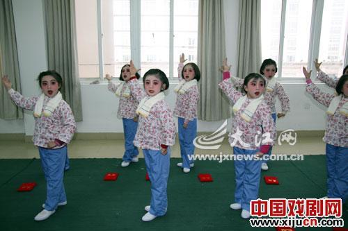 南昌市22所中小学京剧教学课程基本停止。