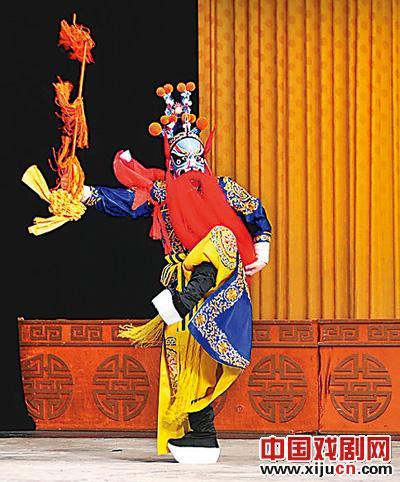 第一批100部中国京剧经典英译本出版。