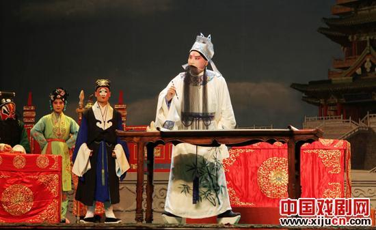 山东淄博市京剧院上演的新京剧《世纪王波》有望成为真正的杰作。