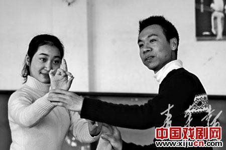 上海最后的男性丹穆元帝:抵御孤独!