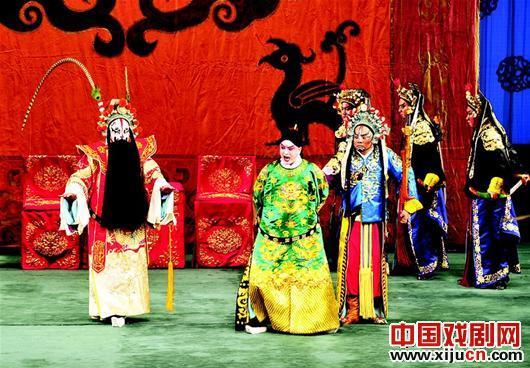 明年年初,荀学将回到江城