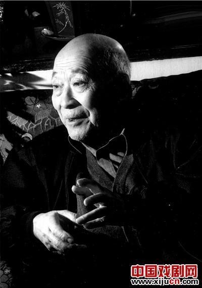 刘增福一生都痴迷于京剧。