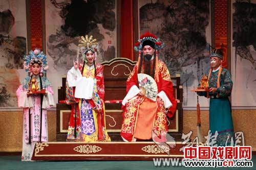 新京剧《香莲案例》将于11月8日在第六届中国京剧艺术节上上演。
