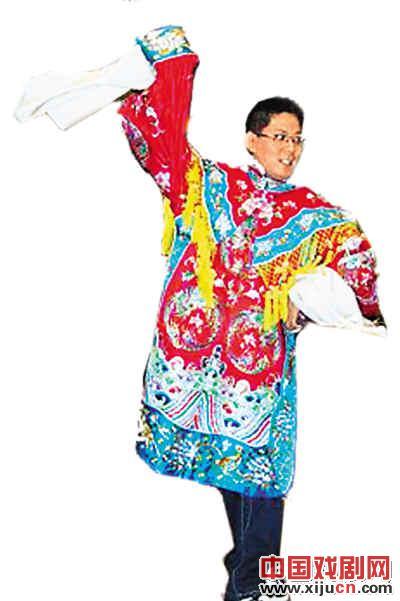 中国刘魏亮让京剧在枫叶之乡绽放