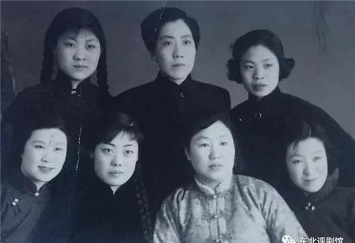 回忆过去的朋友——记著名评剧艺术家张虹