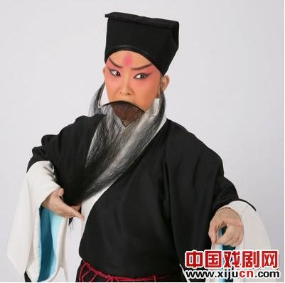王佩瑜豫派古子的老戏以京剧《三岔口》和《琼林宴》为特色