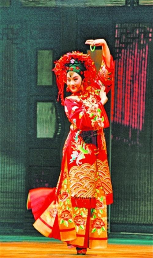 京剧《三寸金莲》将于十月份在美国巡回演出。
