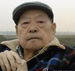 北京歌剧院前导演周仲春因医疗无效去世。