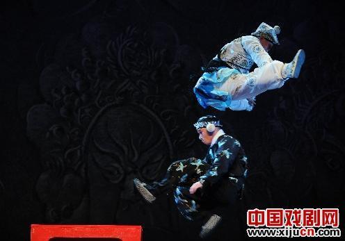 《霸王别姬》、《三叉》、《醉妃》等经典戏剧在土耳其出现