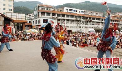 中国文化的精髓是到农村寻求流动援助。