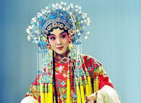 流行的清代戏曲把京剧的古典咏叹调误认为昆曲。