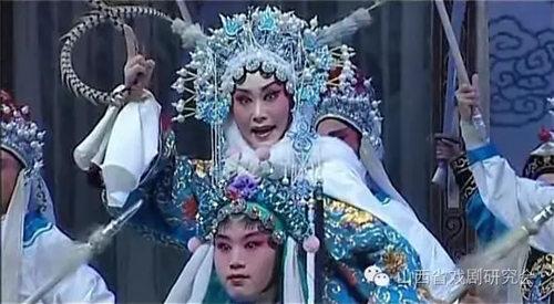 山西著名戏曲艺术家王万梅的弟子崔晓宏