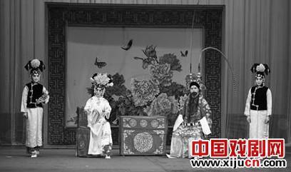 青岛京剧院今晚将上演经典的传统京剧《四郎探母》。