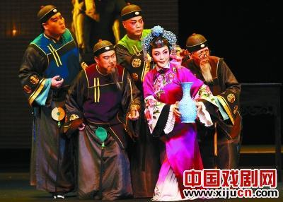 天津平剧剧院的新传奇剧《派遣印度的传奇》在中国平剧剧院上演。