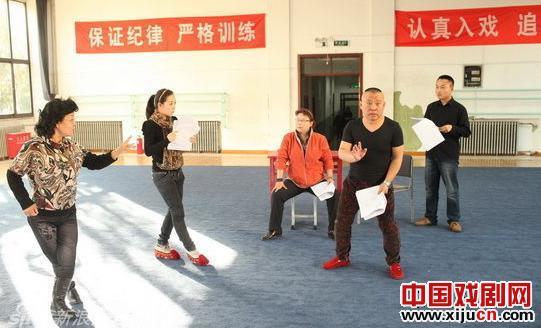 郭德纲饰演鞠萍时从不担心票房。