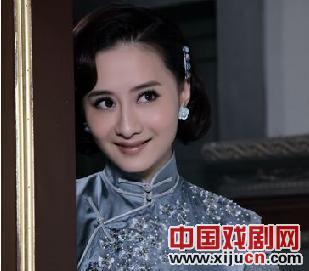 陈德容在《断箭》中扮演一位著名的京剧演员。